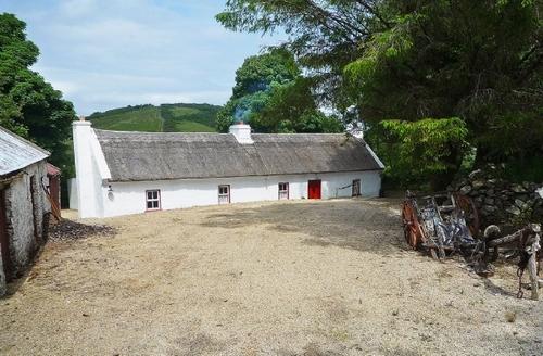 Snaptrip - Last minute cottages - Wonderful Ballyshannon Cottage S23912 -