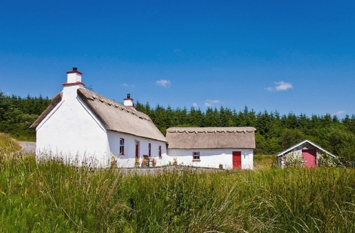 Snaptrip - Last minute cottages - Luxury Killybegs Cottage S23931 -