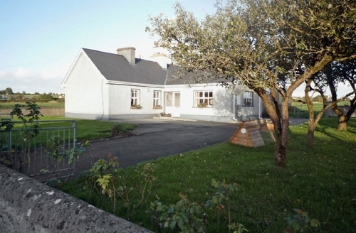 Snaptrip - Last minute cottages - Adorable Portumna Cottage S23968 -