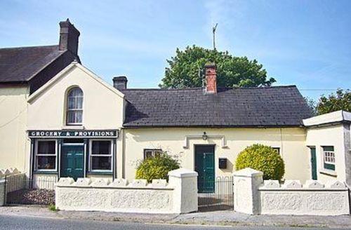 Snaptrip - Last minute cottages - Superb Callan Cottage S24071 -