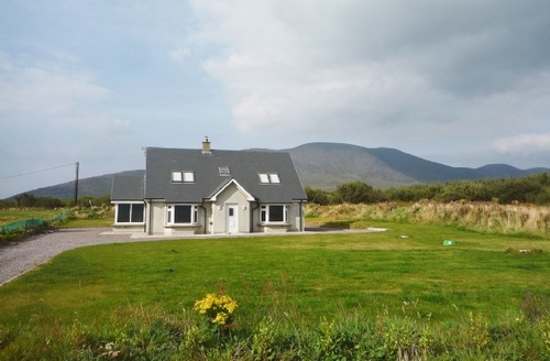 Snaptrip - Last minute cottages - Delightful Waterville Cottage S24073 -