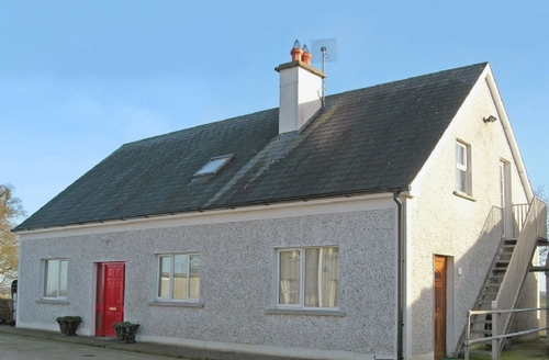 Snaptrip - Last minute cottages - Inviting Durrow Cottage S24080 -