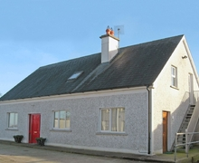 Snaptrip - Holiday cottages - Inviting Durrow Cottage S24080 -