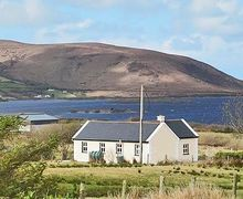 Snaptrip - Last minute cottages - Delightful Bangor Cottage S24093 -