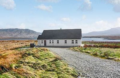 Snaptrip - Last minute cottages - Lovely Westport Cottage S24105 -