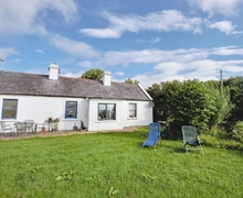 Snaptrip - Last minute cottages - Lovely Newport Cottage S24106 -