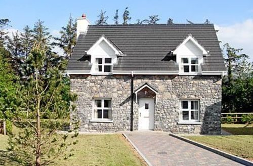 Snaptrip - Last minute cottages - Excellent Cahir Cottage S24124 -