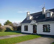 Snaptrip - Last minute cottages - Exquisite Fethard On Sea Cottage S24197 -