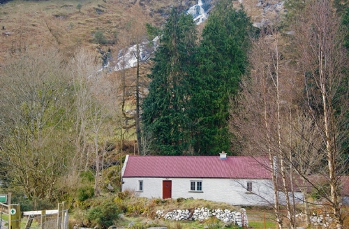 Snaptrip - Last minute cottages - Cosy Rathdrum Lodge S24237 -