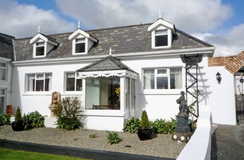 Snaptrip - Last minute cottages - Adorable Dunmanway Cottage S24245 -