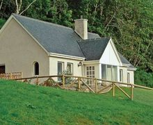 Snaptrip - Last minute cottages - Wonderful Drumnadrochit Cottage S24249 -
