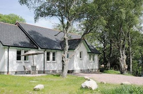 Snaptrip - Last minute cottages - Lovely Drumnadrochit Cottage S24261 -