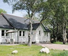 Snaptrip - Last minute cottages - Lovely Drumnadrochit Cottage S24261 -