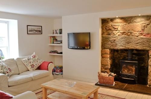 Snaptrip - Last minute cottages - Beautiful Banff Cottage S24282 -