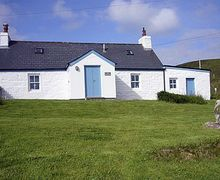 Snaptrip - Holiday cottages - Stunning Melvich Cottage S24362 -