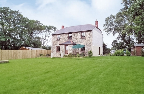 Snaptrip - Last minute cottages - Excellent Hayle Lodge S24374 -