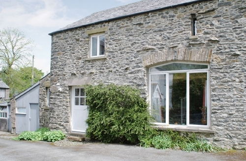 Snaptrip - Last minute cottages - Inviting Kirkby Lonsdale Cottage S24388 -