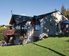 Snaptrip - Last minute cottages - Luxury Bowness On Windermere Cottage S24401 -
