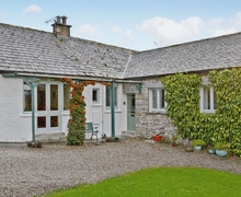 Snaptrip - Last minute cottages - Beautiful Bowness On Windermere Cottage S24437 -