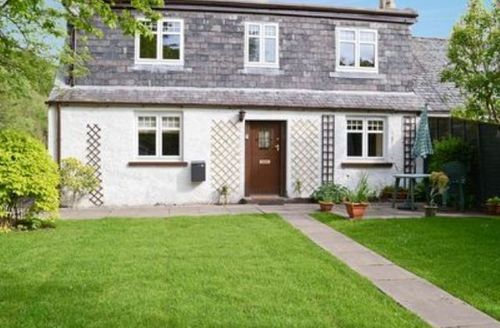 Snaptrip - Last minute cottages - Superb Strathpeffer Cottage S24461 -