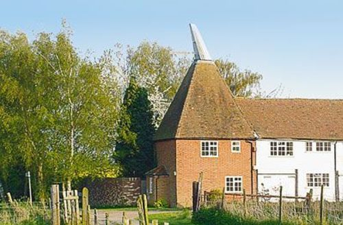 Snaptrip - Last minute cottages - Charming Maidstone Cottage S24492 -