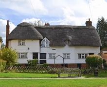 Snaptrip - Last minute cottages - Delightful Maidstone Cottage S24497 -