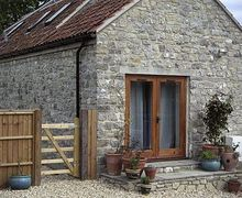 Snaptrip - Last minute cottages - Stunning Cheddar Cottage S24521 -