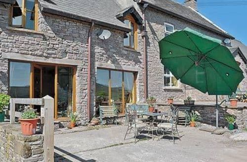 Snaptrip - Last minute cottages - Delightful Brecon Cottage S24555 -