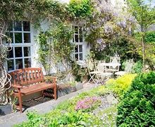 Snaptrip - Last minute cottages - Quaint Cartmel Cottage S24613 -