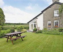 Snaptrip - Last minute cottages - Cosy Cartmel Cottage S24614 -