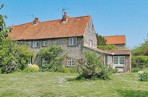 Snaptrip - Last minute cottages - Excellent Blakeney Cottage S24642 -