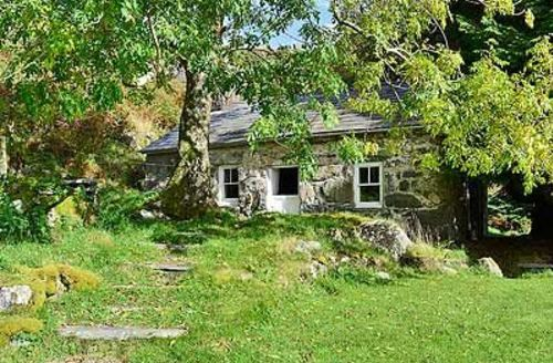 Snaptrip - Last minute cottages - Inviting Porthmadog Cottage S24776 -