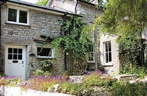 Snaptrip - Last minute cottages - Lovely Grange Over Sands Cottage S24916 -