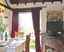 Snaptrip - Last minute cottages - Inviting Tavistock Cottage S24918 -