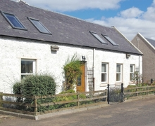 Snaptrip - Last minute cottages - Attractive Kelso Cottage S24933 -