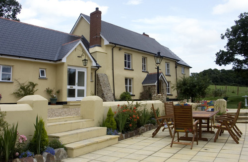 Snaptrip - Last minute cottages - Excellent Winkleigh Cottage S2038 -