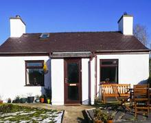 Snaptrip - Last minute cottages - Superb Penisarwaun Rental S25001 -