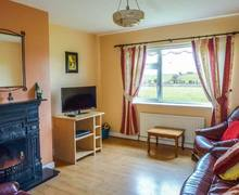 Snaptrip - Last minute cottages - Stunning Ballinrobe Rental S25125 -