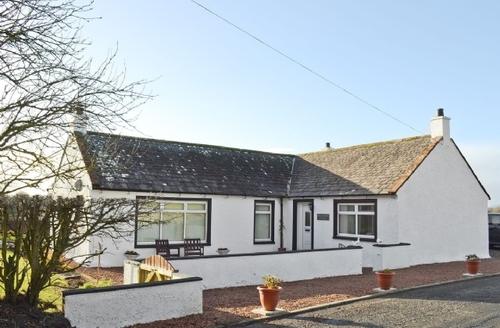 Snaptrip - Last minute cottages - Beautiful Dumfries Cottage S25185 -