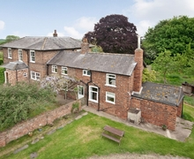 Snaptrip - Holiday cottages - Splendid Selby Cottage S25210 -