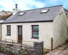 Snaptrip - Last minute cottages - Wonderful Dinorwic Rental S25246 -