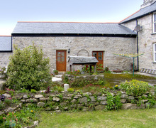 Snaptrip - Last minute cottages - Wonderful Penryn Cottage S2090 -