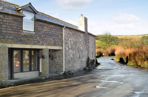 Snaptrip - Last minute cottages - Cosy Buckfastleigh Cottage S25394 -