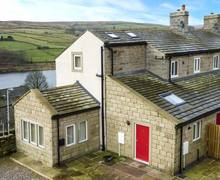 Snaptrip - Last minute cottages - Inviting Oxenhope Rental S25417 -