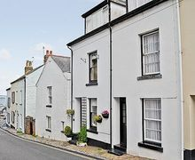 Snaptrip - Last minute cottages - Tasteful Brixham Cottage S25457 -