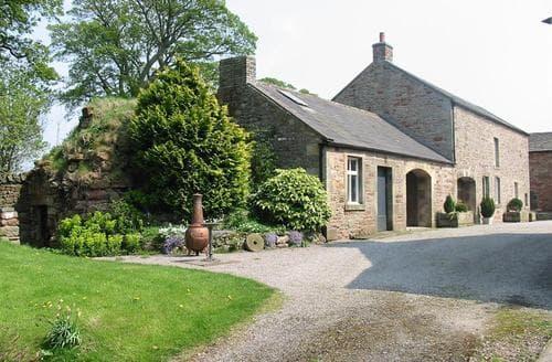 Snaptrip - Last minute cottages - Quaint Kirkby Stephen Rental S25587 - Hartley Castle Barn