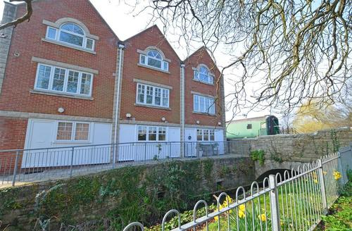 Snaptrip - Last minute cottages - Beautiful Swanage Rental S25733 - Winter Exterior