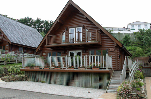 Snaptrip - Last minute cottages - Adorable Wadebridge Lodge S968 -
