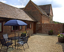 Snaptrip - Last minute cottages - Wonderful Stratford Upon Avon Pen S2164 -