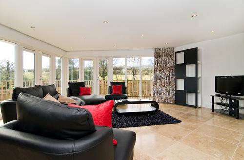 Snaptrip - Last minute cottages - Excellent Saint Austell Retreats S1044 -